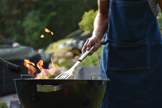 Teaching the Barbecue Basics to Your Kids